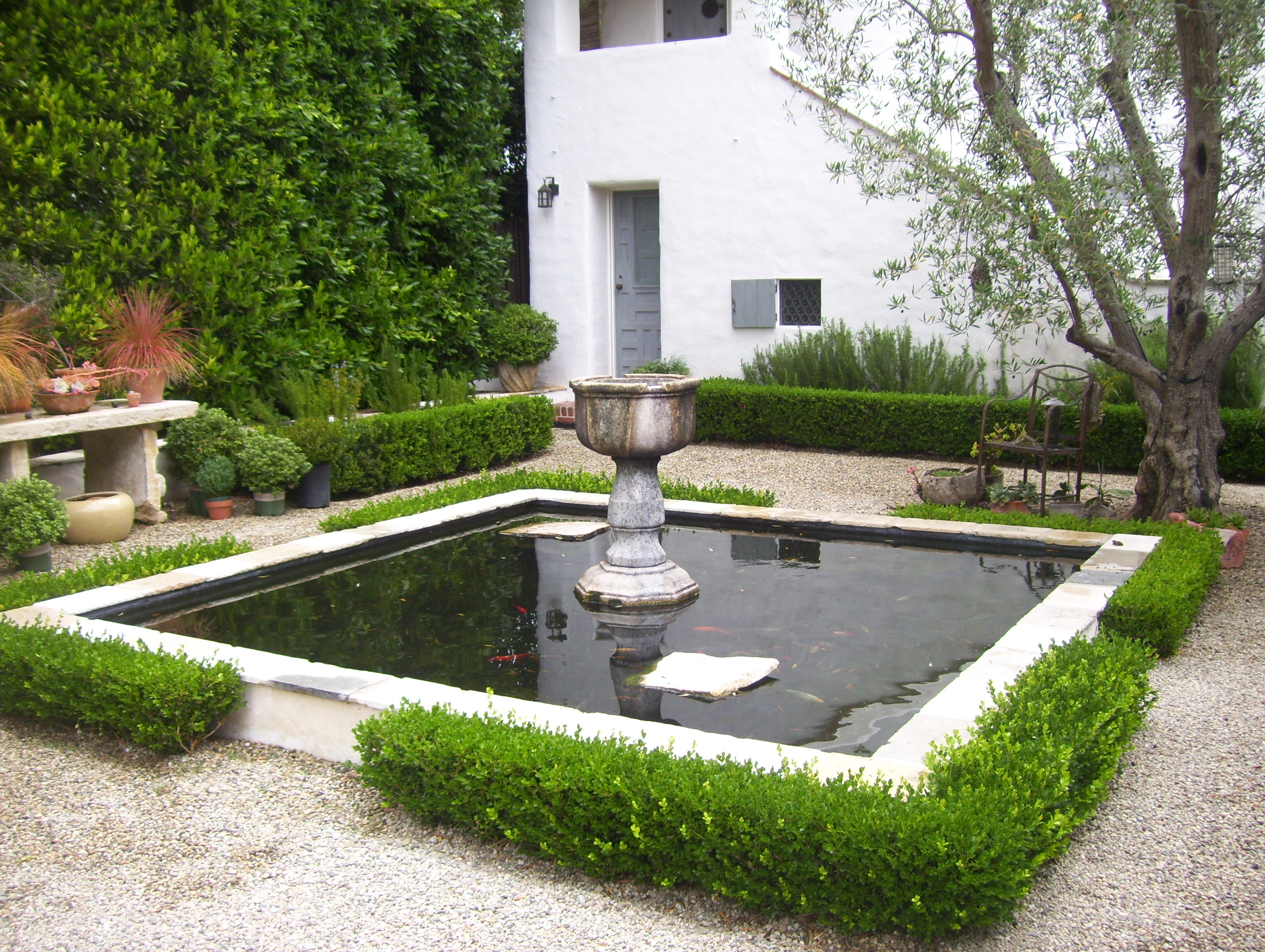 Water feature ideas for santa barbara landscapes for Outdoor pond