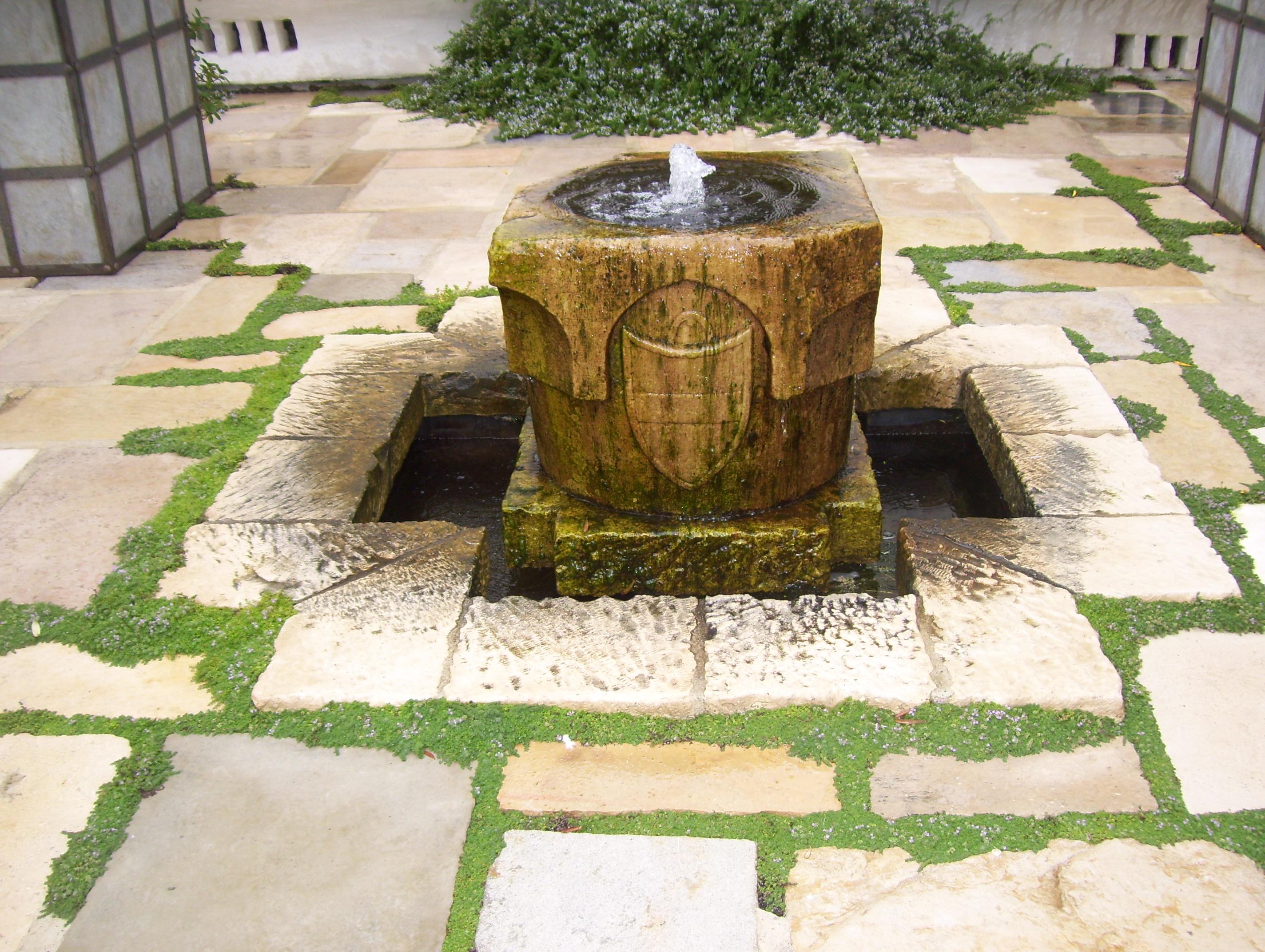 Water Feature Ideas for Santa Barbara Landscapes | Waterfalls|Ponds