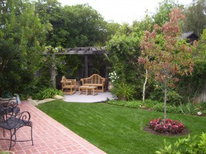 backyard pergola and sitting area